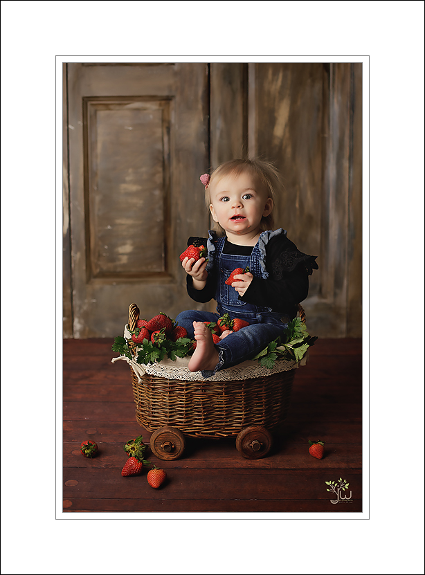 Best Puyallup baby photographer