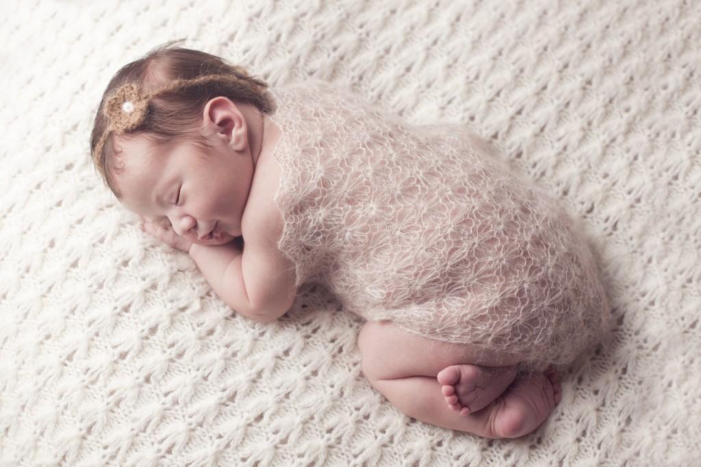 Newborn Photographer_Claire