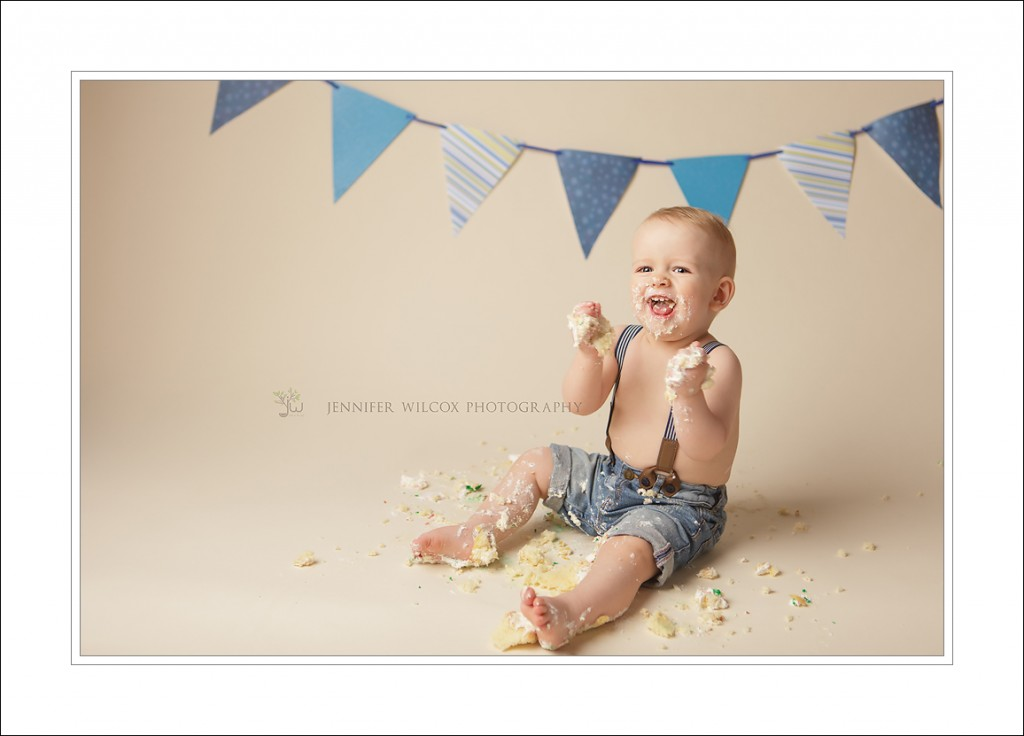 Lacey Baby Photography Cake Smash Jennifer Wilcox Photography Liam 6 1024x736 Lacey Baby Photographer ~ Smashing Fun
