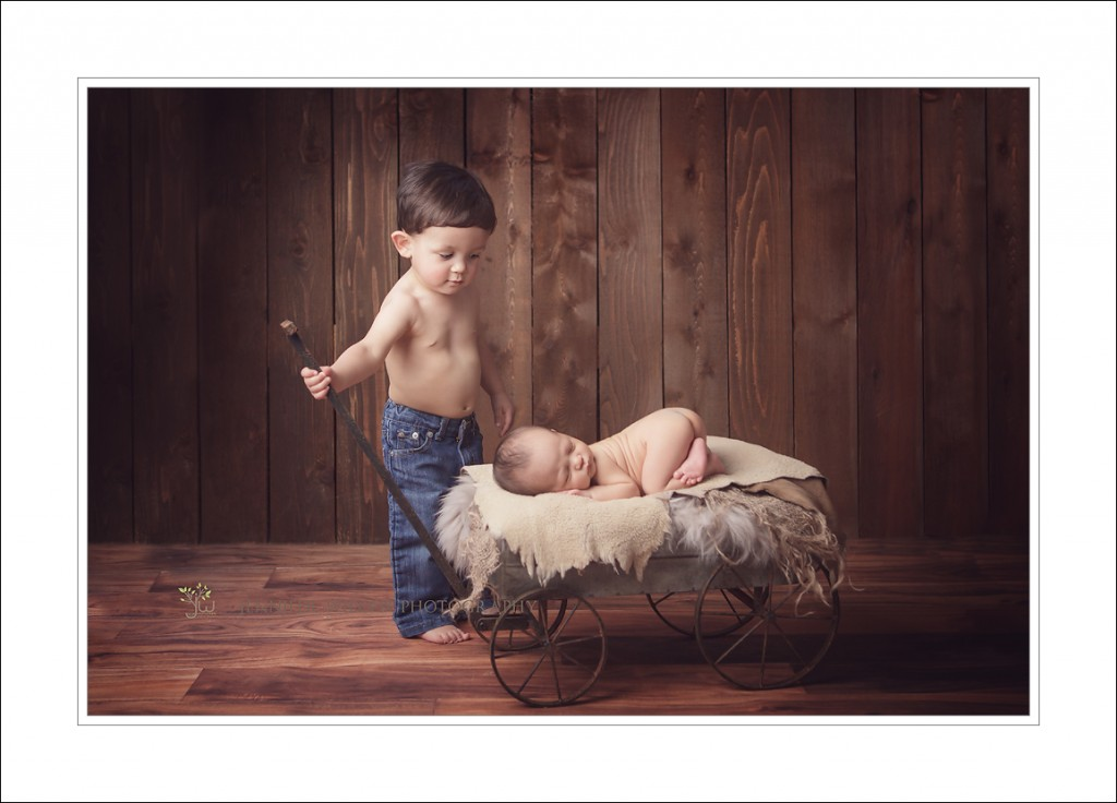 Newborn Photography Auburn newborn photographer Cameron 1024x736 Auburn Newborn Photographer ~ Brotherhood