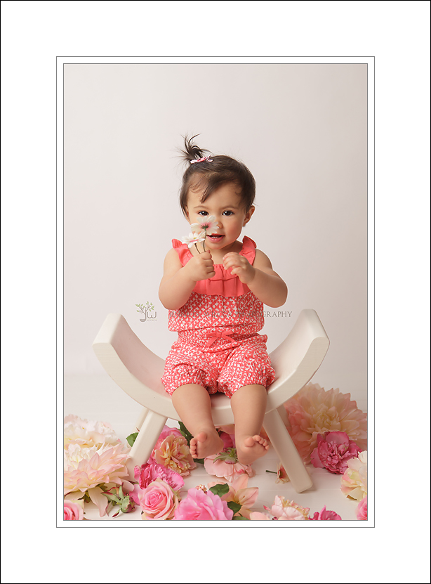 Puyallup Baby Photographer Jennifer Wilcox Photography cake smash Noel 2 Puyallup Baby Photographer ~ Smiles
