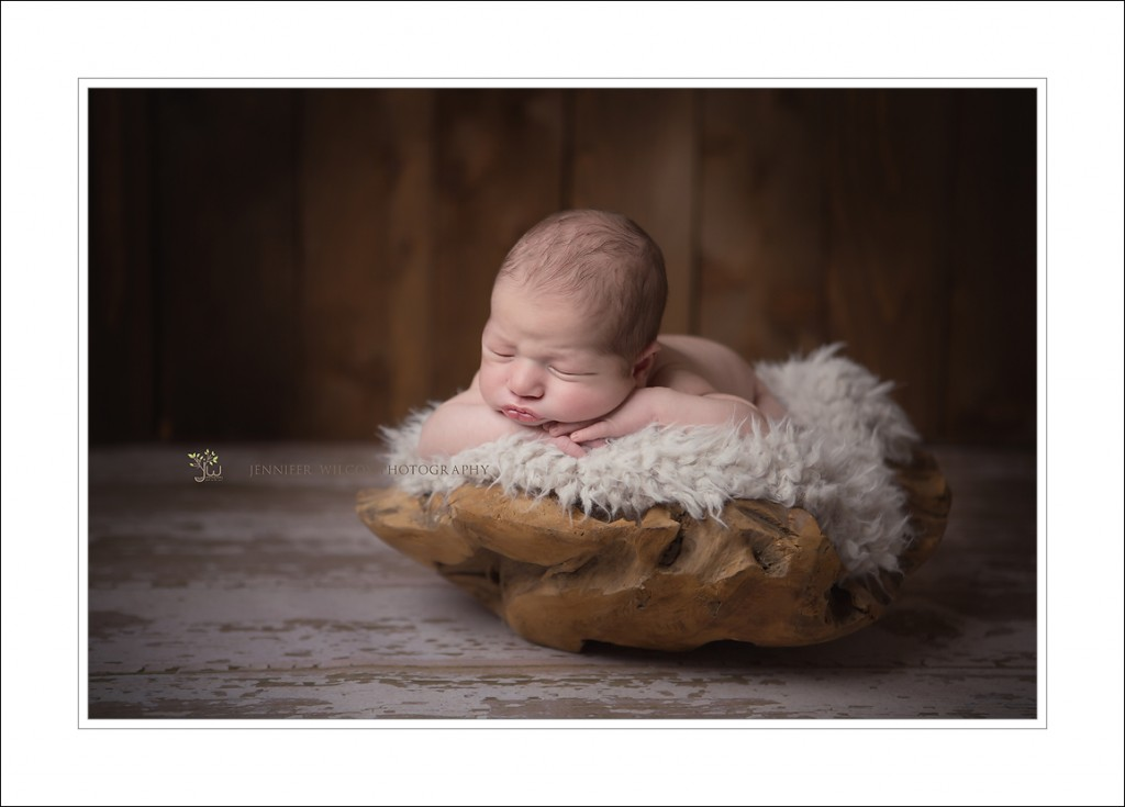 Tacoma Newborn Photographer_Jennifer Wilcox Photography_Baby in bowl