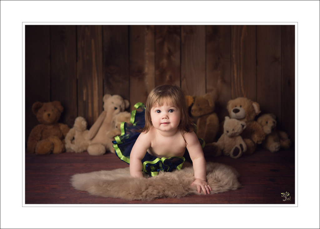 Lacey Baby Photographer Jennifer Wilcox Photography cake smash 2 1024x735 Lacey Baby Photographer ~ Teddy