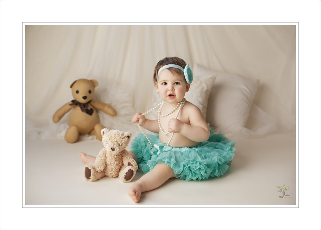 Cake smash, baby pictures, birthday photography