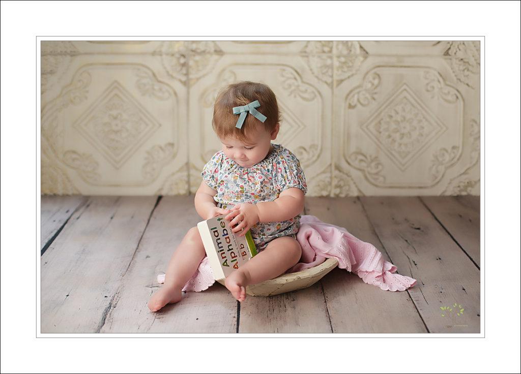 Best Lakewood baby photographer
